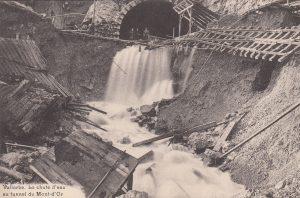 Coll. J-P.Jaccard / Inondation pendant les travaux du percement du tunnel du Mont-d'Or.